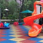 Резиновая плитка Пазл на детской площадке