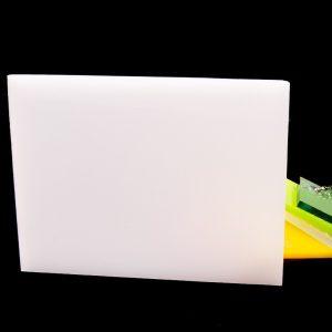 Литьевое акриловое стекло Plexiglas GS